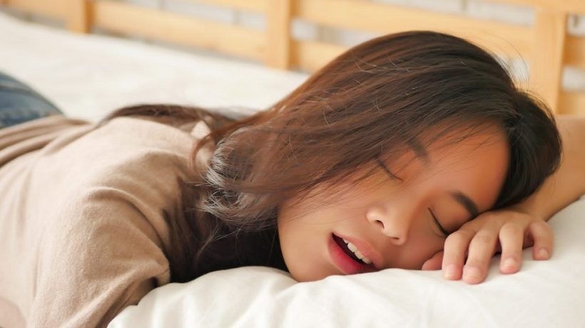 Can you sleep with tampons?