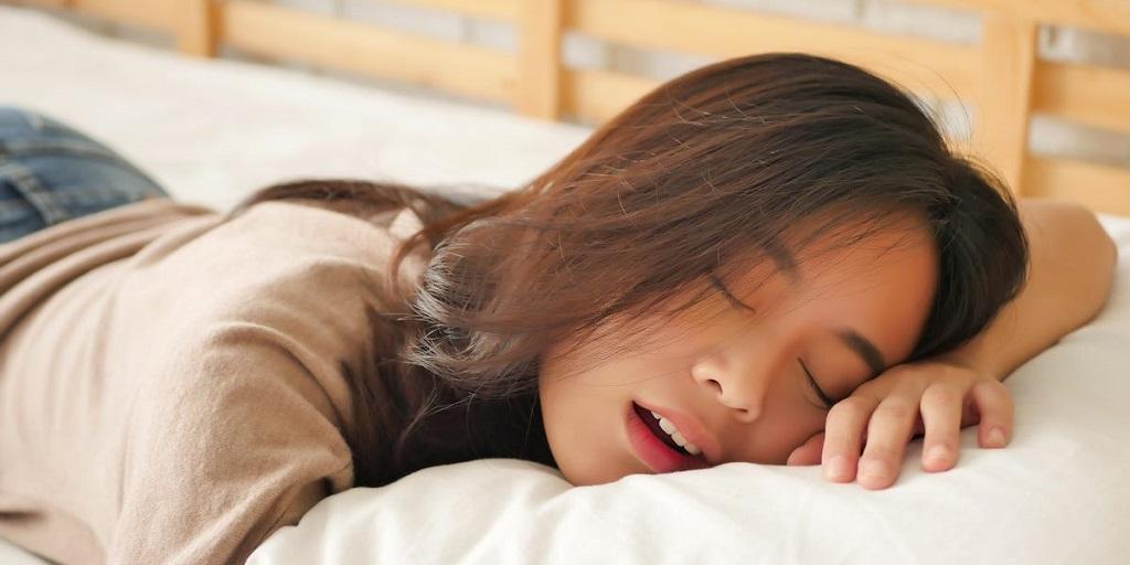 sleep with tampons